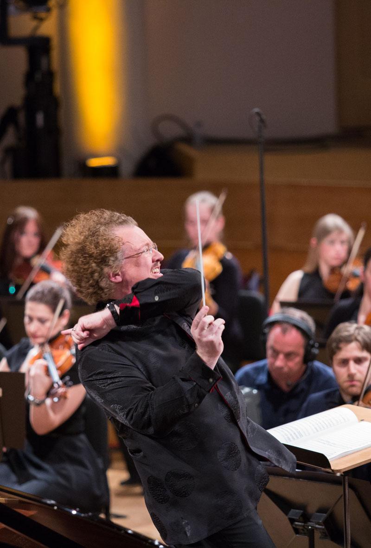 cmireb2016-9juin-Ambiances_et_Orchestre-40_1